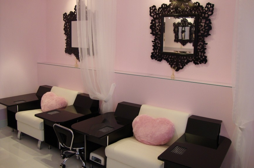Nail Salon Richmond.JPG